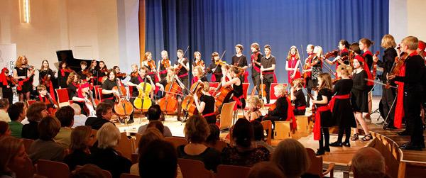 Benefiz-Konzert: COOLE ELBSTREICHER spielen, um DVD zu finanzieren