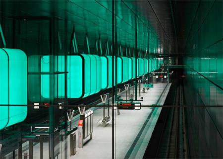 U-Bahn Hafencity – Haltestelle HafenCity Universität prämiert – ein Lichtobjekt