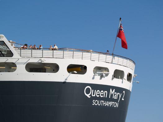 Am 28. Juli kann in Hamburg der 111te Schiffsanlauf der laufenden Kreuzfahrtsaison 2013 begrüßt werden