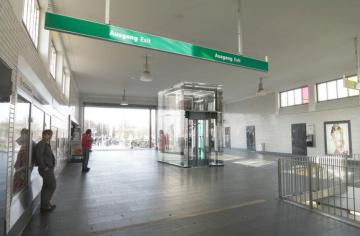 Hamburg – U-Bahn Haltestelle Feldstraße wird barrierefrei