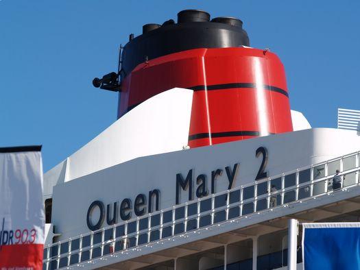 Kreuzfahrtschiffe belasten zunehmend Atemluft in Hamburg