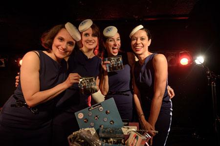 Nachtasyl Hamburg – The Stewardesses spielen Songs von und für Chantal de Freitas