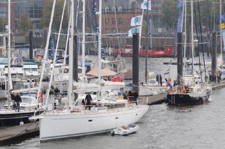 Hanseboot Hamburg – Schicke Schiffe im City Sporthafen