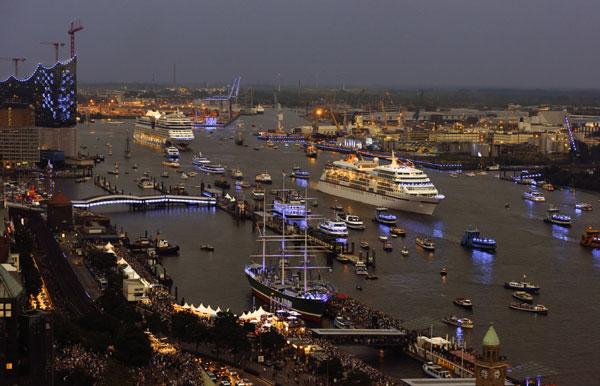 Diese acht Kreuzfahrtschiffe werden zu den Cruise Days 2015 in Hamburg erwartet