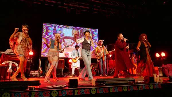 Woodstock in der Hamburger Fabrik! – The New Love Generation live