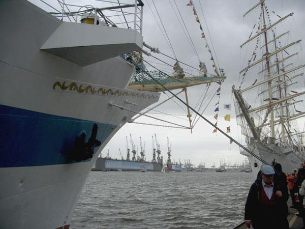 Der 827. Hafengeburtstag Hamburg – Mehr als 300 schwimmende Gäste