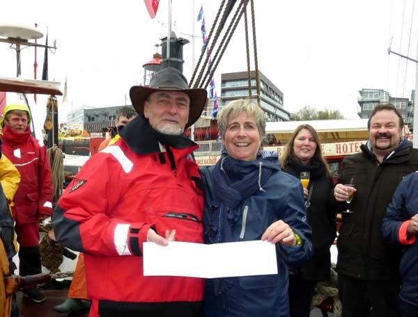 Hamburger Hafengeburtstag: Eye of the Wind begrüßt 5000. Mitseglerin
