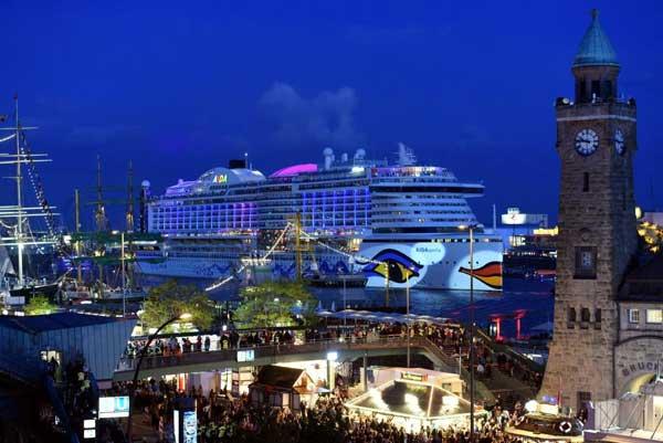 Über eine Million Besucher beim Hamburger Hafengeburtstag